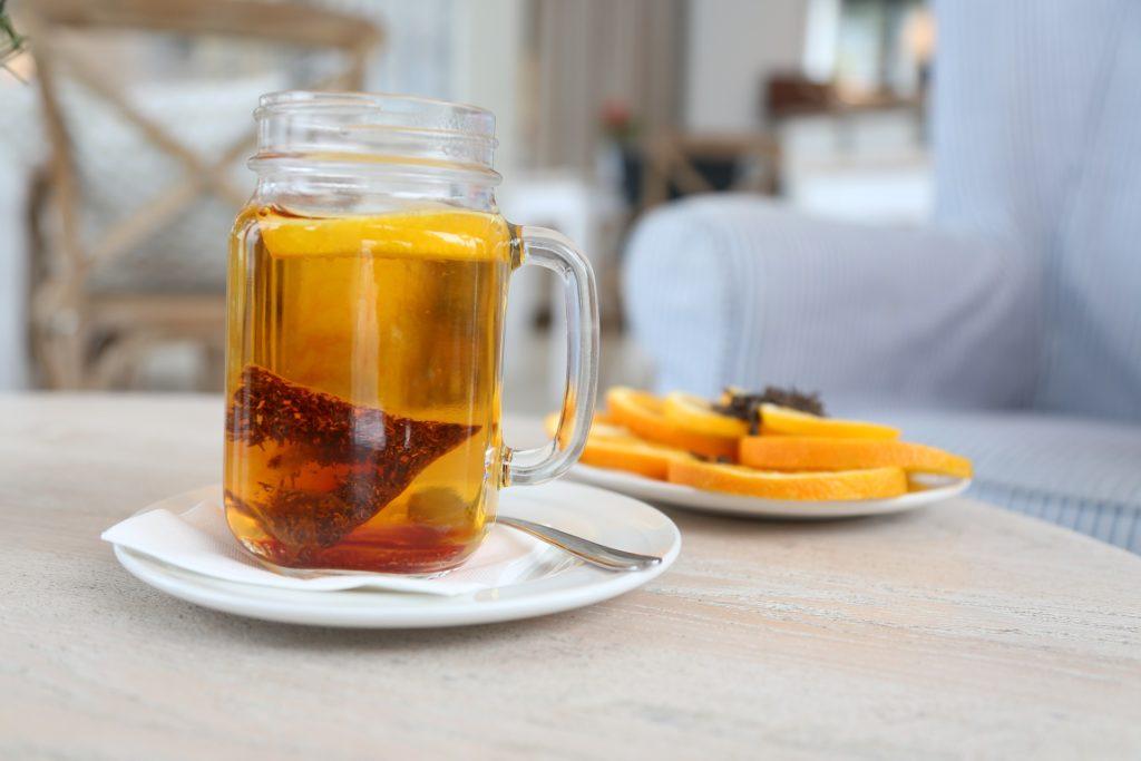 thé-citron-eau-chaude